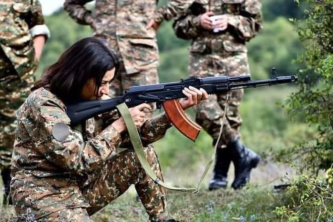 Hình ảnh gây sốc của Phu nhân Thủ tướng và đội quân thứ 2 với 100 nghìn lính của Armenia - Ảnh 1.