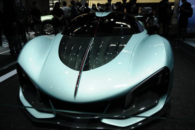 Cận cảnh chiếc ô tô kỳ lạ do Trung Quốc sản xuất, có giá ngang siêu xe Ferrari LaFerrari  - Ảnh 3.