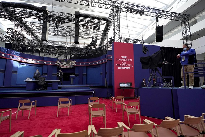 Buổi tranh luận đầu tiên giữa ông Trump và ông Biden: 90 phút chạm trán quanh 6 chủ đề nóng hổi - Ảnh 3.