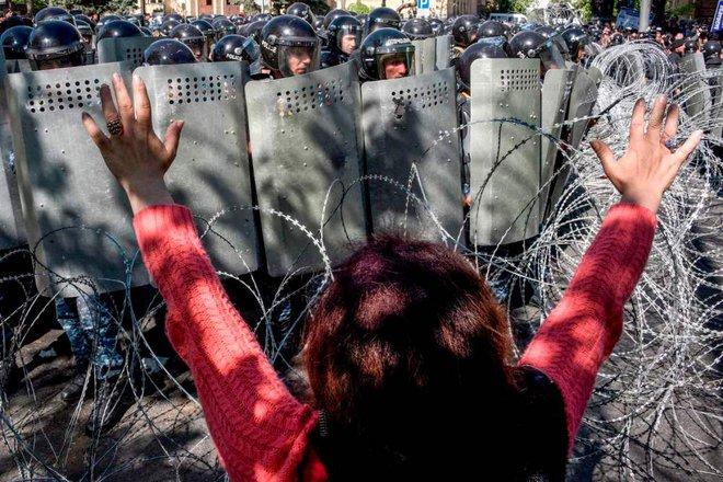 Hình ảnh gây sốc của Phu nhân Thủ tướng và đội quân thứ 2 với 100 nghìn lính của Armenia - Ảnh 3.