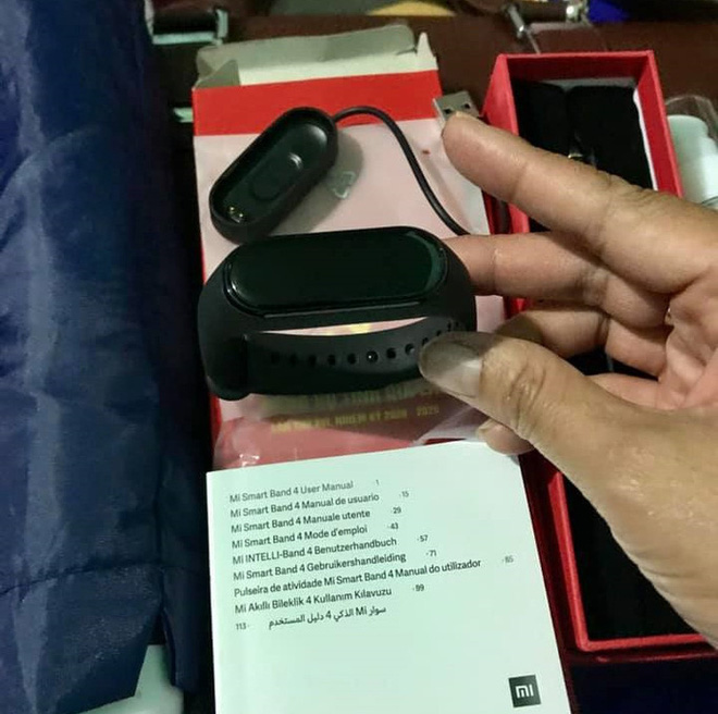 Gia Lai chi hơn 1,2 tỉ đồng mua cặp da, vòng tay thông minh… phục vụ đại hội Đảng - Ảnh 2.