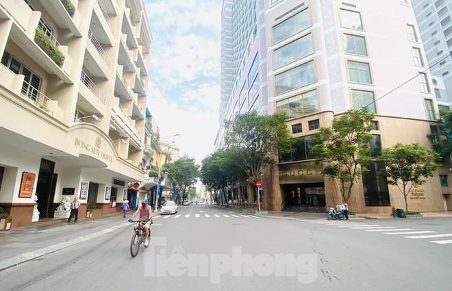 Cận cảnh những con đường được đề xuất làm phố đi bộ ở TPHCM - Ảnh 7.