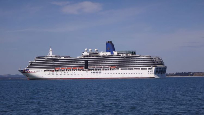 Tour du lịch tàu ma trên thành phố nổi hút khách trong đại dịch COVID-19  - Ảnh 2.