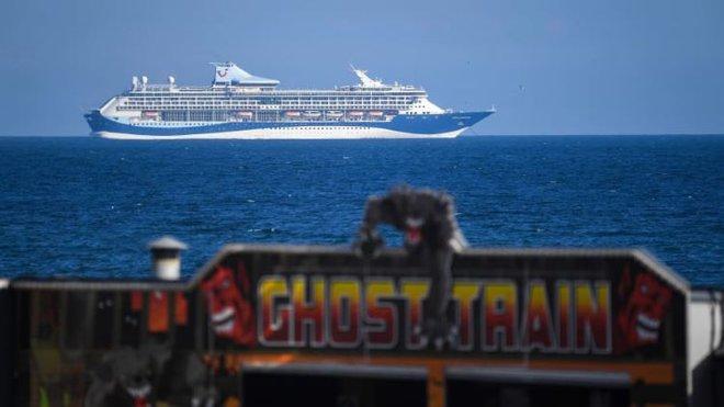 Tour du lịch tàu ma trên thành phố nổi hút khách trong đại dịch COVID-19  - Ảnh 6.