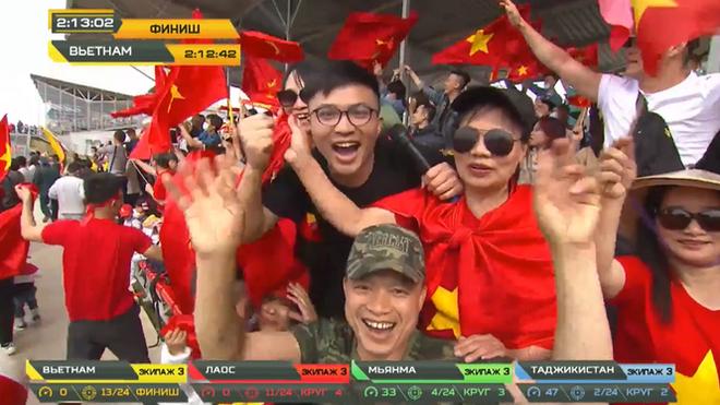 Vỡ òa khoảnh khắc Việt Nam về nhất cuộc thi Tank Biathlon - Ảnh 2.