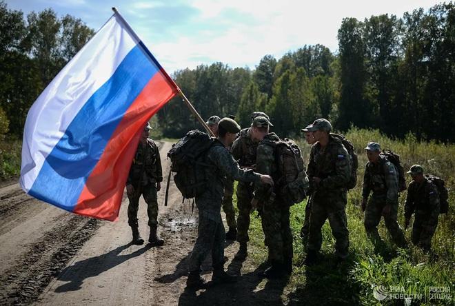 Cận cảnh màn trình diễn các trinh sát quân sự tại Army Games 2020 - Ảnh 12.