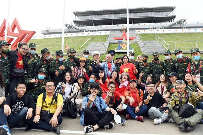 Đối thủ và khán giả nói gì về chiến tích của đội tuyển Xe tăng Việt Nam? - Ảnh 4.