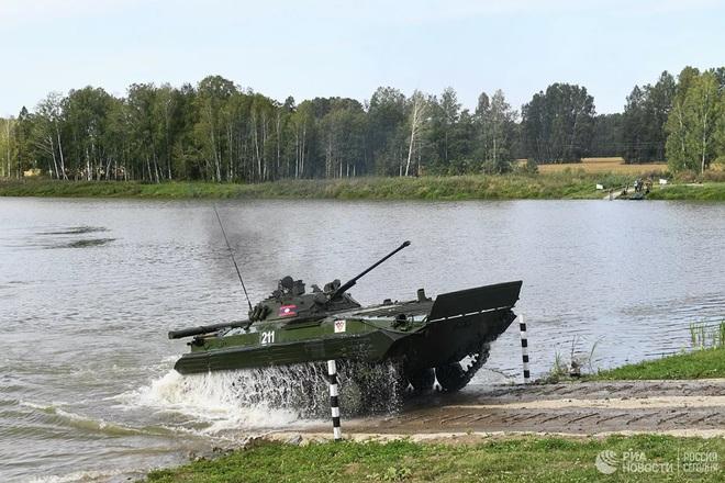 Cận cảnh màn trình diễn các trinh sát quân sự tại Army Games 2020 - Ảnh 10.
