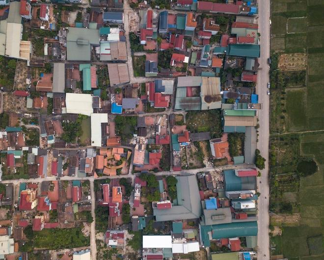 Choáng ngợp với ngôi nhà 11 mái ở Hà Nội, nhìn thôi đã thấy mê mẩn rồi! - Ảnh 1.