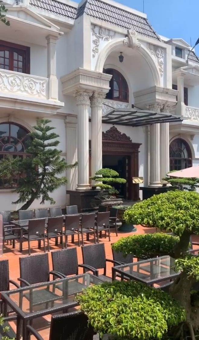 Biệt thự vườn 2.000 m2, có hồ cá Koi của đại gia Nam Định được rao bán với giá không tưởng - Ảnh 5.