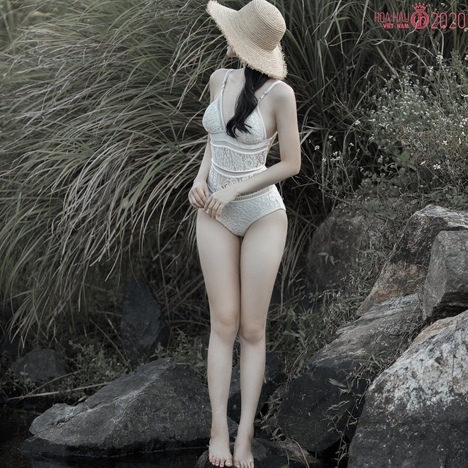 Người đẹp 19 tuổi, thích khoe ảnh sexy dự thi Hoa hậu Việt Nam 2020 - Ảnh 2.