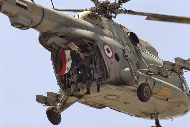 Tiêm kích MiG bị rơi ở Syria - Đồng minh của Mỹ bị tấn công bởi đội quân bí ẩn - Ảnh 1.