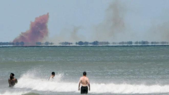 Tên lửa Trung Quốc rơi gần trường học, tạo ra đám mây khí độc màu cam khổng lồ - Ảnh 3.