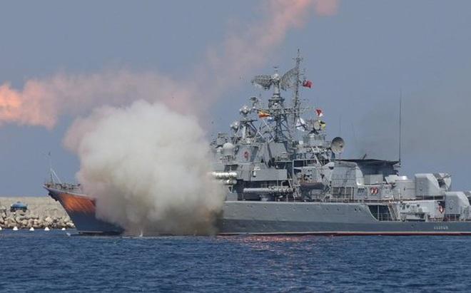 """""""Đô đốc Nakhimov"""" Nga mang 480 tên lửa: Xứng danh mạnh nhất thế giới?"""