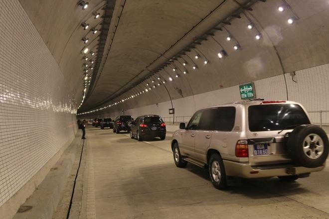 Tại sao hầm Hải Vân 2 khánh thành nhưng chỉ cho lưu thông trong 20 ngày? - Ảnh 1.