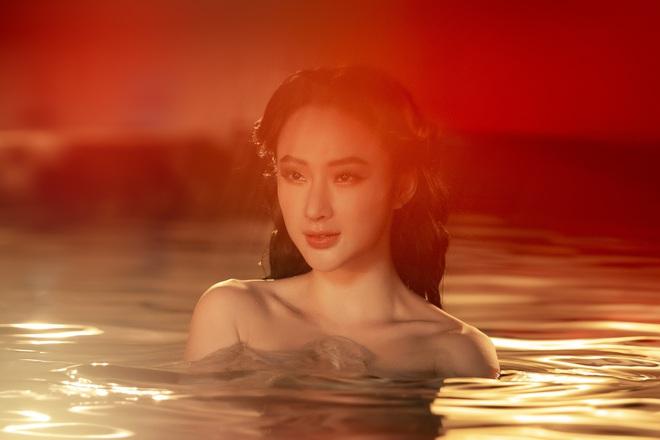 Clip tái xuất gây tranh cãi của Angela Phương Trinh - Ảnh 2.