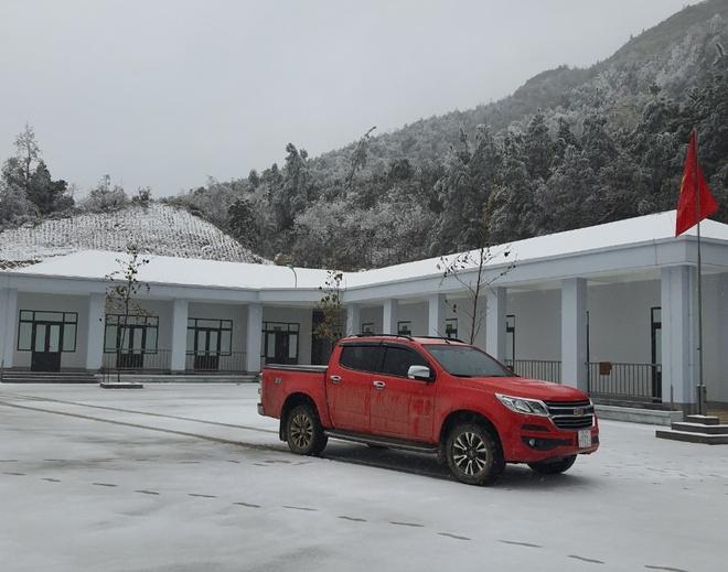 Giám đốc Đài Khí tượng Lào Cai thông tin mới nhất về mưa tuyết trong đêm nay ở Y Tý, Sa Pa - Ảnh 3.