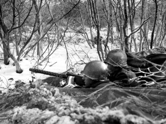 Chiến đấu trong âm 50 độ C: QĐ Nga đã sẵn sàng cho xung đột ở Bắc Cực? - Ảnh 4.