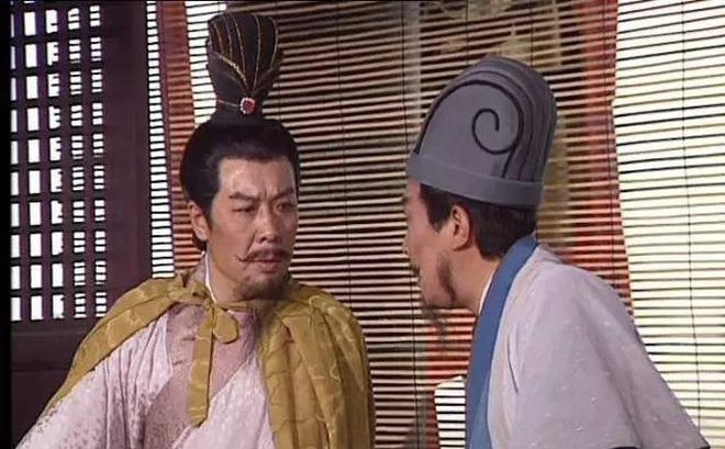 Nói đúng 11 chữ, Gia Cát Lượng khiến Lưu Bị giết con nuôi Lưu Phong, rốt cuộc vì sao Gia Cát Lượng phải làm vậy?