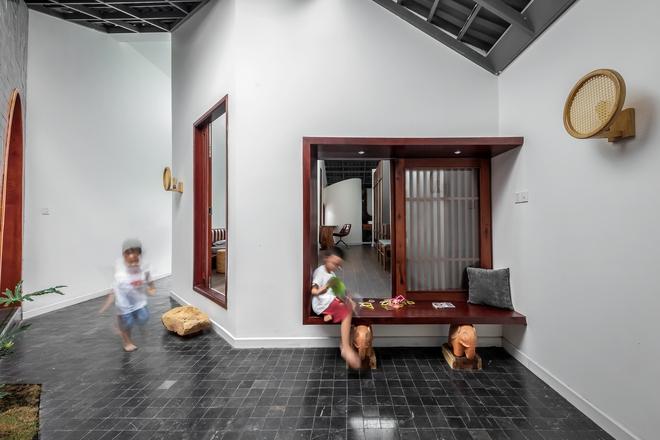 Lạ lẫm với căn nhà dài, hẹp với 3 giếng trời tại Sóc Trăng - Ảnh 9.