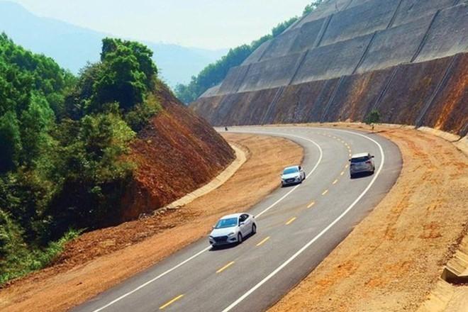 Chuyển 2 dự án thuộc cao tốc Bắc - Nam sang đầu tư công - Ảnh 2.