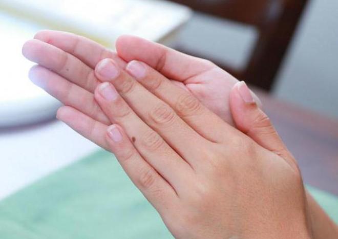 BS Đông y hướng dẫn diệu pháp xoa bàn tay: Chống lại tà khí, điều hòa khí huyết - Ảnh 2.