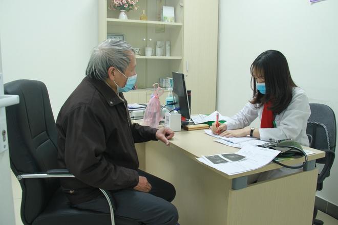 Nhiều người có triệu chứng ung thư tuyến tiền liệt nhưng không đi khám - Ảnh 1.