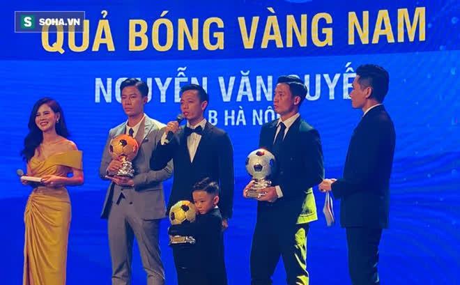 Văn Quyết tri ân nhân vật đặc biệt của bóng đá Việt Nam sau khoảnh khắc nhận QBV