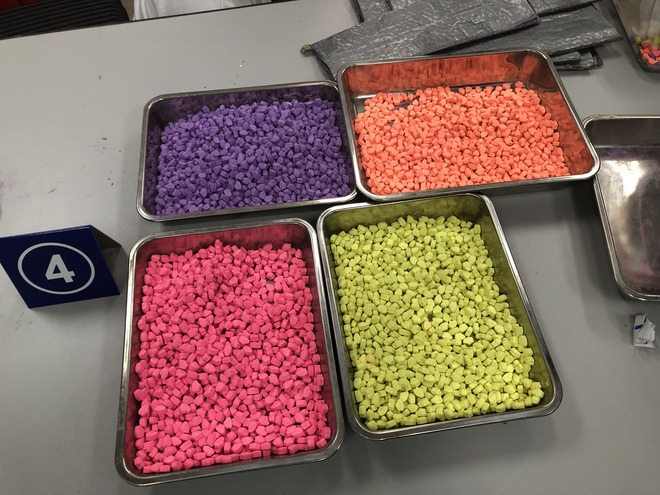 Hơn 31 kg ma túy trong các kiện hàng nhập khẩu gửi qua đường chuyển phát nhanh, bưu chính - Ảnh 6.