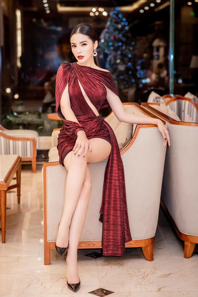 Ảnh nóng bỏng, khó rời mắt của Hoa hậu Kỳ Duyên - Ảnh 7.