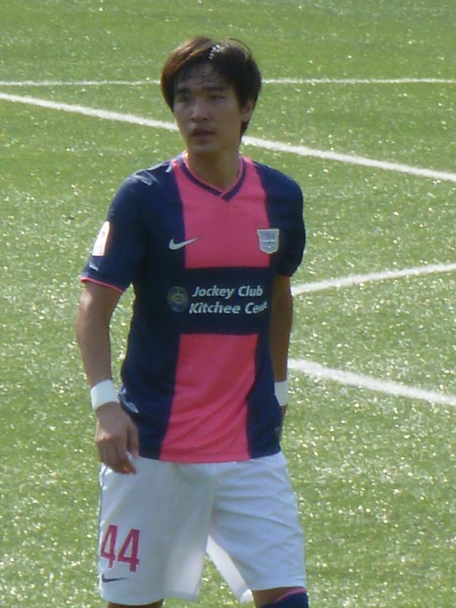 """Báo Hàn Quốc chỉ ra """"bản sao của HLV Park Hang-seo"""" có thể cùng Kiatisuk xưng bá V.League - Ảnh 1."""