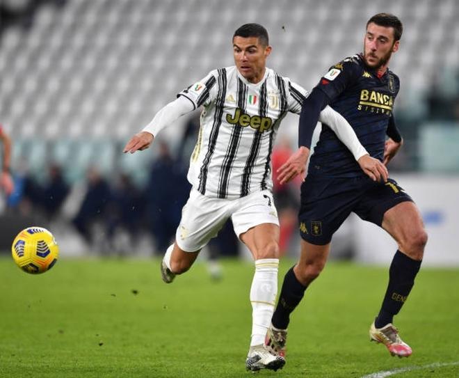 Ronaldo chưa thể đi vào lịch sử, Juventus nhọc nhằn vào tứ kết Cúp QG Italy - Ảnh 1.