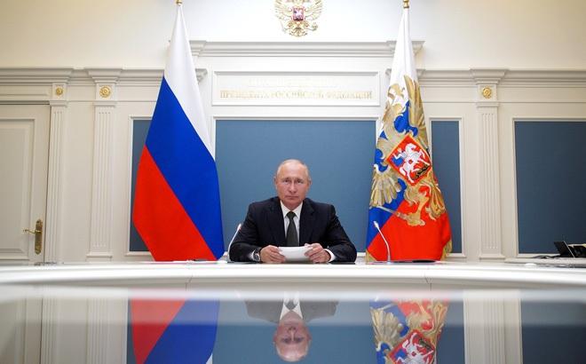 Tổng thống Putin tuyên bố vaccine COVID-19 Nga tốt nhất thế giới