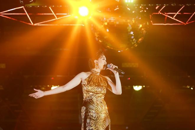 Diva Hồng Nhung cùng Lam Trường, Lê Hiếu hát lại loạt hit đình đám - Ảnh 12.