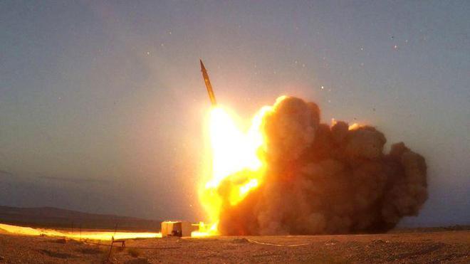 Tên lửa Iran ồ ạt chui lên từ lòng đất tấn công mục tiêu - Israel gấp rút lập kế hoạch đánh phủ đầu Tehran - Ảnh 2.