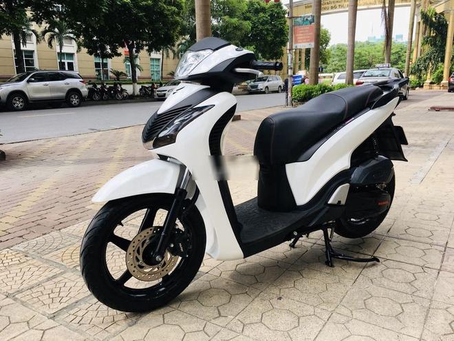 """Honda SH 150i bán giá 30 triệu khiến dân tình """"nháo nhào"""" - Ảnh 2."""