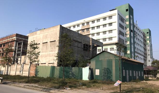 Dự án bệnh viện nghìn tỷ lớn nhất Bắc Trung Bộ chậm tiến độ nhiều năm, bị cưỡng chế vì nợ thuế - Ảnh 6.