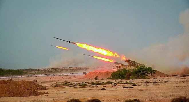 Tên lửa Iran ồ ạt chui lên từ lòng đất tấn công mục tiêu - Israel gấp rút lập kế hoạch đánh phủ đầu Tehran - Ảnh 1.