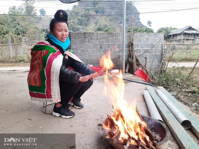 Sơn La: Người dân vùng cao gồng mình chống giá lạnh - Ảnh 1.
