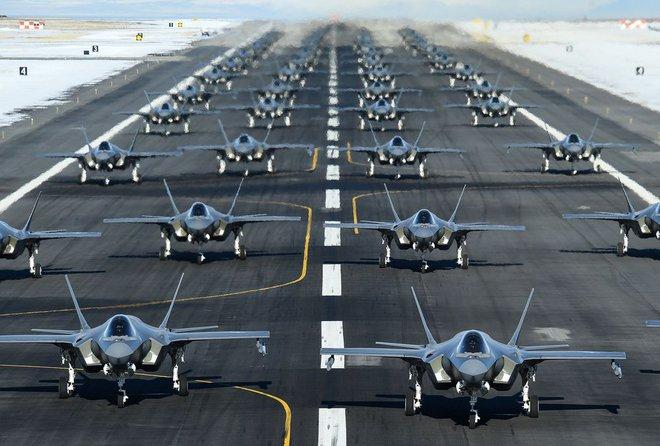 Năm 2030: Top 5 quốc gia có lực lượng không quân mạnh nhất - Bất ngờ về Trung Quốc - Ảnh 2.