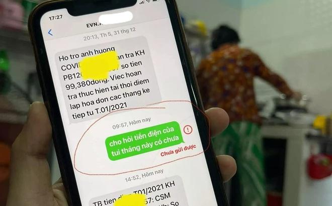"""Mượn điện thoại mẹ, con giật mình vì đoạn tin nhắn cực hài mẹ gửi cho """"người lạ"""""""