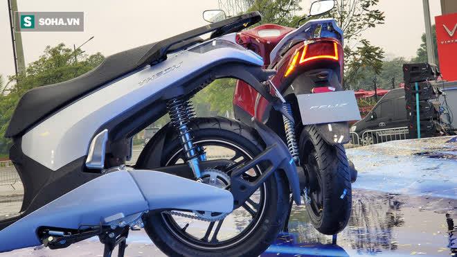Ảnh hot xe máy điện Vinfast Theon: cùng kích cỡ Honda SH, tốc độ tối đa 90km/h - Ảnh 8.