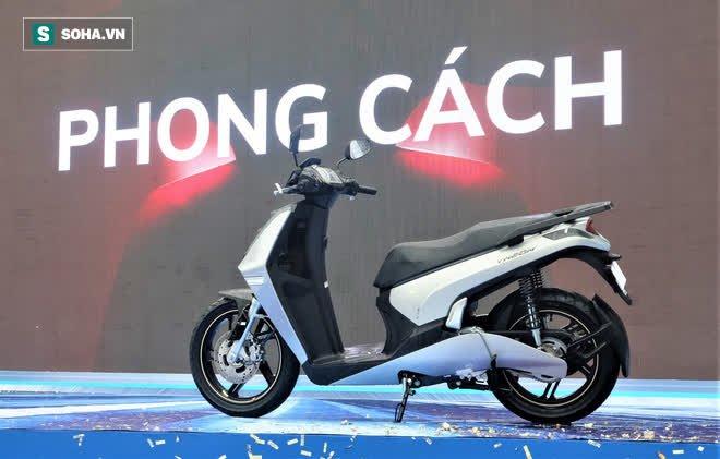 Ảnh hot xe máy điện Vinfast Theon: cùng kích cỡ Honda SH, tốc độ tối đa 90km/h - Ảnh 4.