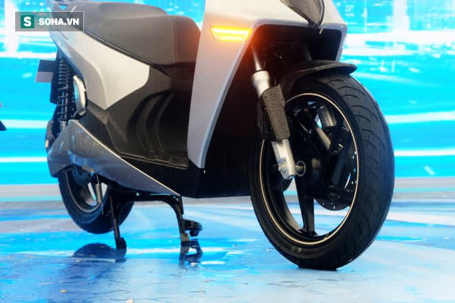 Ảnh hot xe máy điện Vinfast Theon: cùng kích cỡ Honda SH, tốc độ tối đa 90km/h - Ảnh 6.