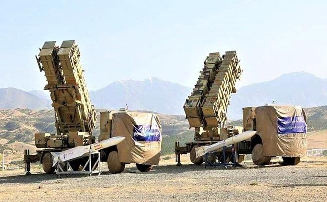 """Những tên lửa Iran có thể """"vít cổ"""" máy bay ném bom B-52 của Mỹ - ảnh 2"""