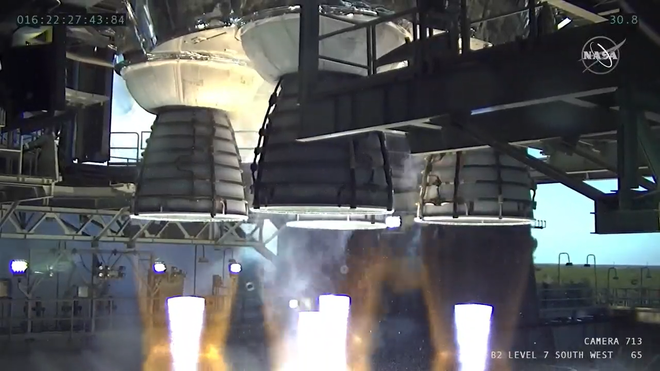 Động cơ quái vật của NASA trình làng thành công: Thế giới có tên lửa đẩy mạnh nhất hành tinh - Ảnh 1.