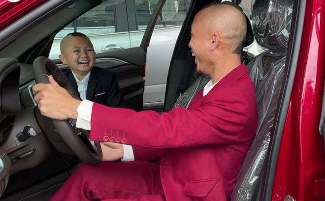 Cuộc sống giàu có với cơ ngơi tiền tỷ của anh em Tam Mao sau gần 3 năm làm Youtuber