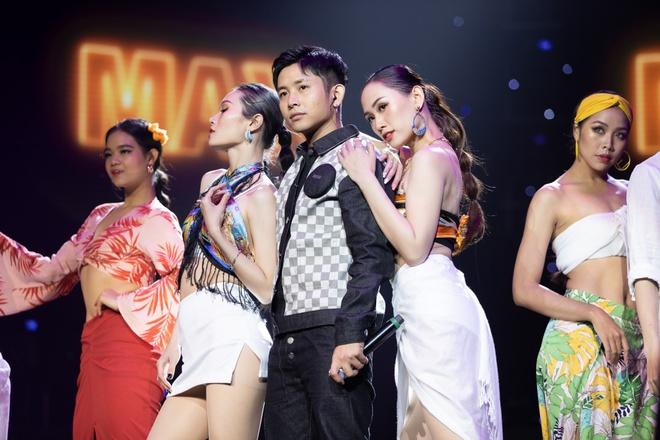 Noo Phước Thịnh, Thủy Tiên, Đức Phúc làm bùng nổ sân khấu lễ trao giải âm nhạc - Ảnh 8.