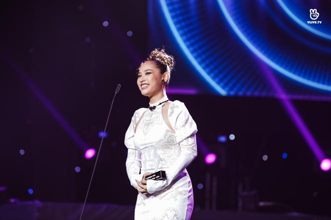 Noo Phước Thịnh, Thủy Tiên, Đức Phúc làm bùng nổ sân khấu lễ trao giải âm nhạc - Ảnh 19.