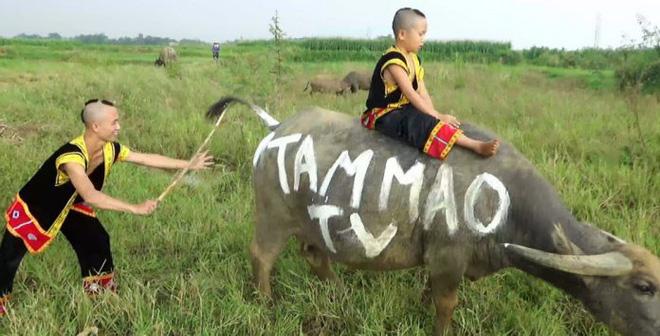 Cuộc sống giàu có với cơ ngơi tiền tỷ của anh em Tam Mao sau gần 3 năm làm Youtuber - Ảnh 1.